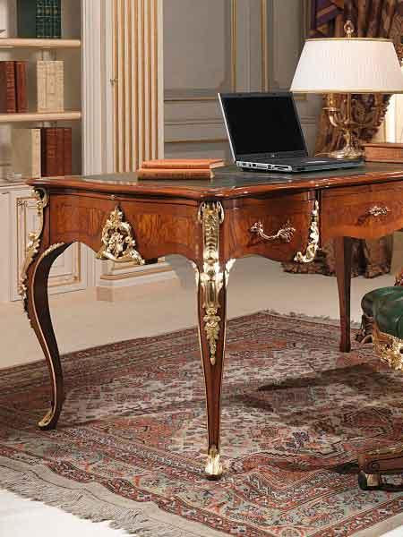 میز مدیریتی کلاسیک